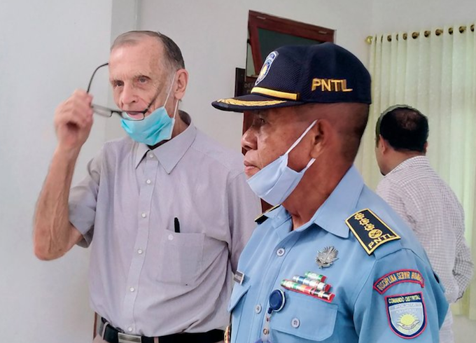 The accused ex-priest and former missionary Richard Daschbach (left) at a courthouse in Oecusse enclave, Timor-Leste, on February 22, 2021. Image: Lusa