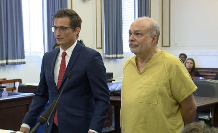 Geoff Drew's defense attorney Brandon Moermond with Drew in August 2019. Photo WCPO staff
