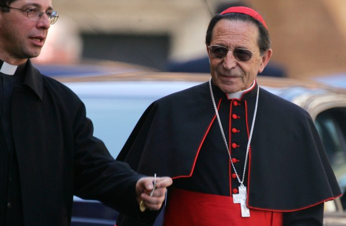 Spanish Cardinal Julian Herranz, the Vatican's top canon law official, leaves a general congregation meeting at the Vatican in this April 15, 2005, file photo. (Credit: Kimimasa Mayama/CNS.)