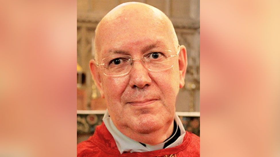 FRIENDS ORDINARIATE OF OUR LADY OF WALSINGHAM image captionFr Alan Griffin previously tried to take his own life after discovering he was HIV positive, the coroner wrote