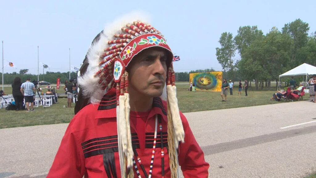 Assembly of Manitoba Chiefs Grand Chief Arlen Dumas says Premier Brian Pallister's apology doesn't go far enough. (CBC)
