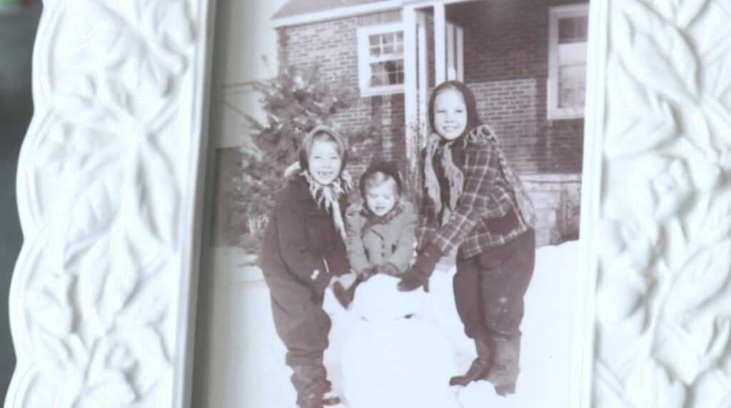 Sue Lauber-Fleming with her siblings in the early 1940s.