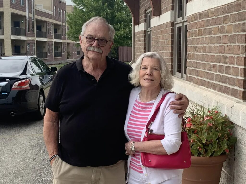 David L. Lindstrom and Mary Lindstrom, parents of Nate Lindstrom, in De Pere, Wis. Robert Herguth / Sun-Times
