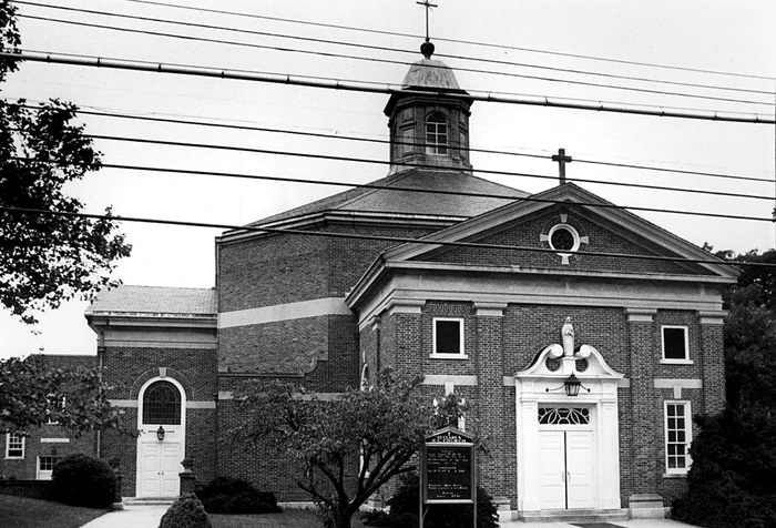 This 1987 file photo shows the front of St. Clare's R.C. Church in Great Kills, around the time plaintiffs claim they were sexually abused by former priest Ralph LaBelle. (Staten Island Advance)
