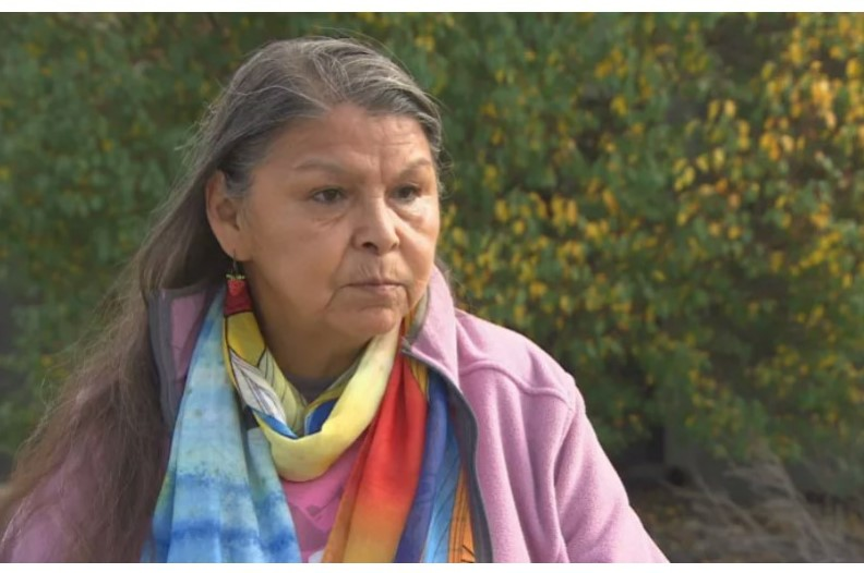Gerry Shingoose is a residential school survivor who lives in Winnipeg. She was forced to attend the Muscowequan Residential School in Saskatchewan from 1962 to 1971. (Marouane Refak / Radio-Canada)
